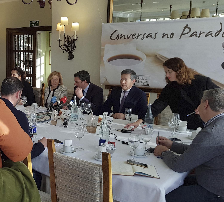 Valentín González Formoso Conversas no Parador